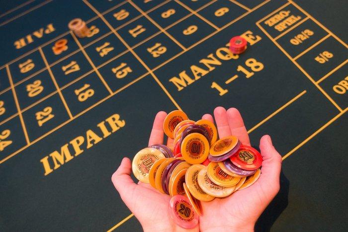 Závislost na hazardu - zničí vše od rodiny po práci