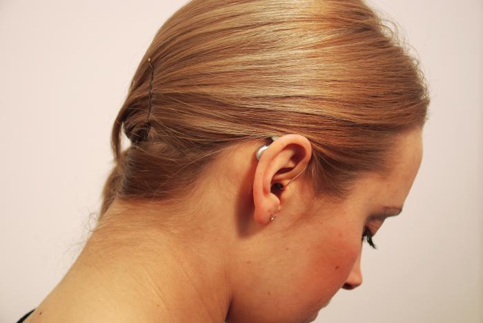 Novinky v příspěvcích zdravotních pojišťoven pro lidi s vadami sluchu
